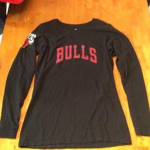 Chicago bulls long sleeve shirt